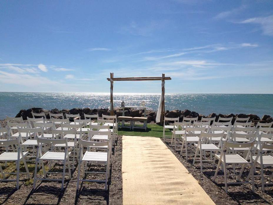 CortijoLagunaChicoLARGE - wedding venues in laguna beach
