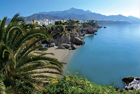 wedding locations in spain: Nerja